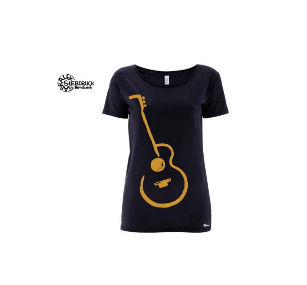 goldene Gitarre auf dunkelblauem T-Shirt